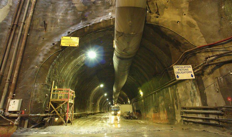 Tunnel de soumagne vinci construction grands projets for Construction de tunnel